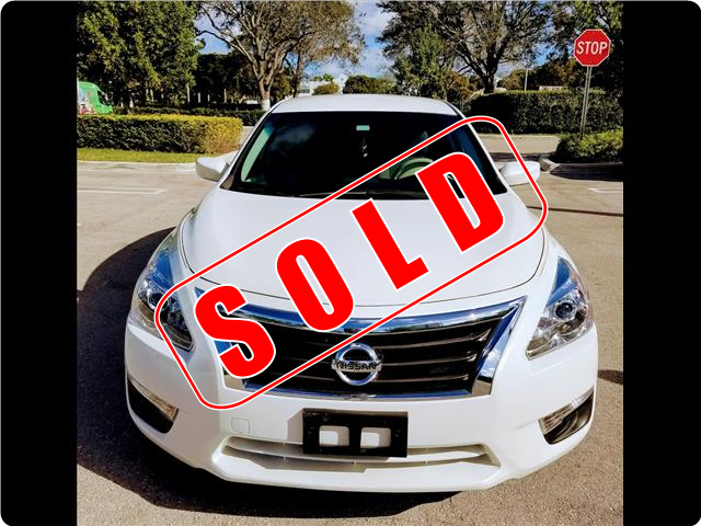 2015 Nissan Altima in Okeechobee, Florida
